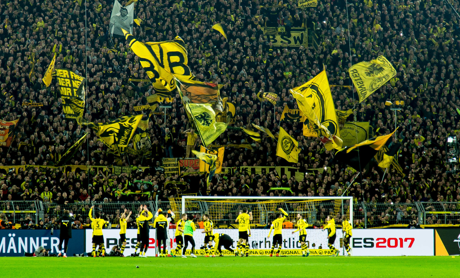 Plans Taking Shape To Bring Fans Back To Stadiums In The Bundesliga