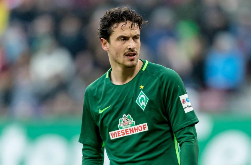 Borussia Dortmund make €15 million bid for Bremen midfielder ...