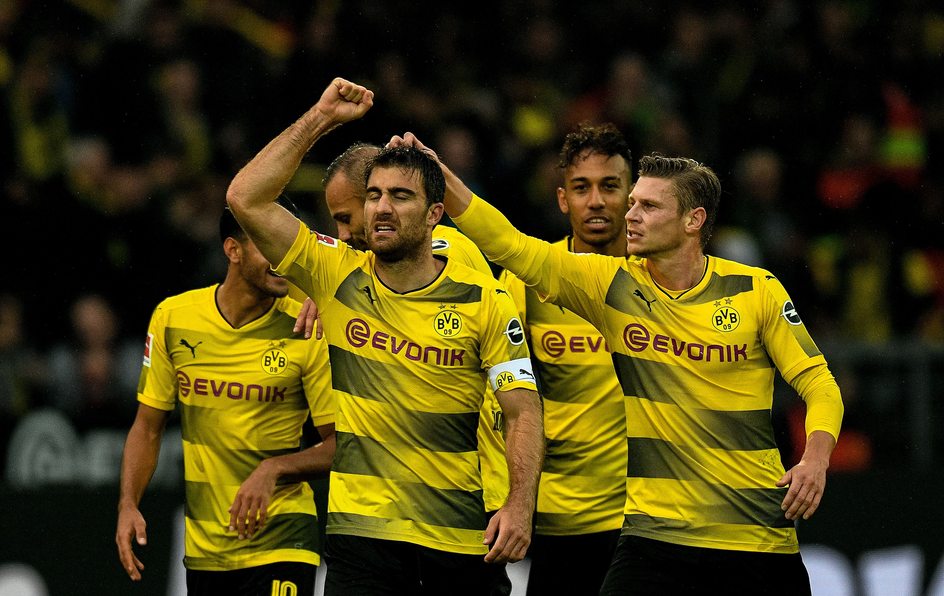 peter bosz with Borussia Dortmund 5 0 Fc Koln Player Ratings on Andre Onana Ajax Latest Sweeper Keeper Extraodinaire further 67919011 moreover 2160288 Neres Dit Is Nog Maar Het Begin additionally 361424 Djt EF BC 9Apep Guardiolas Barcelona Tiki Taka433 Fm2017 as well 100754485.