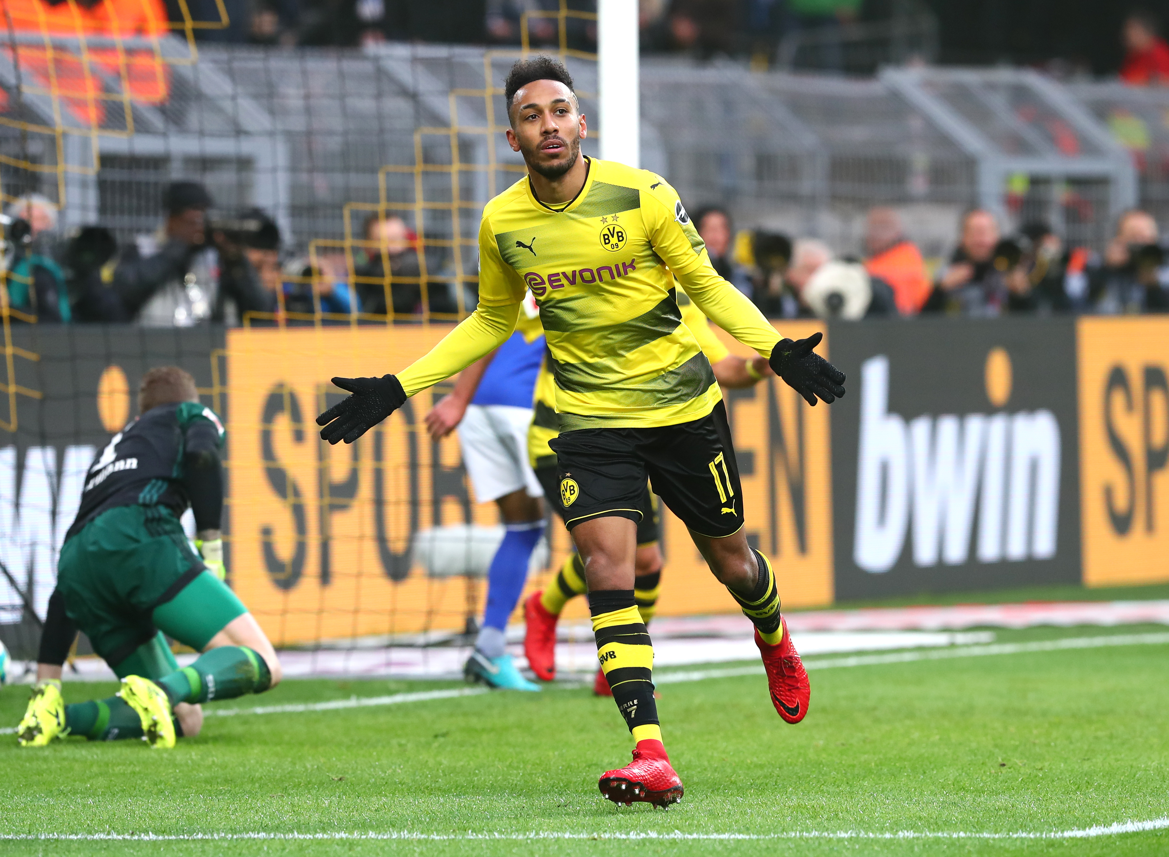 Aubameyang To Chelsea What Does It Mean For Borussia Dortmund