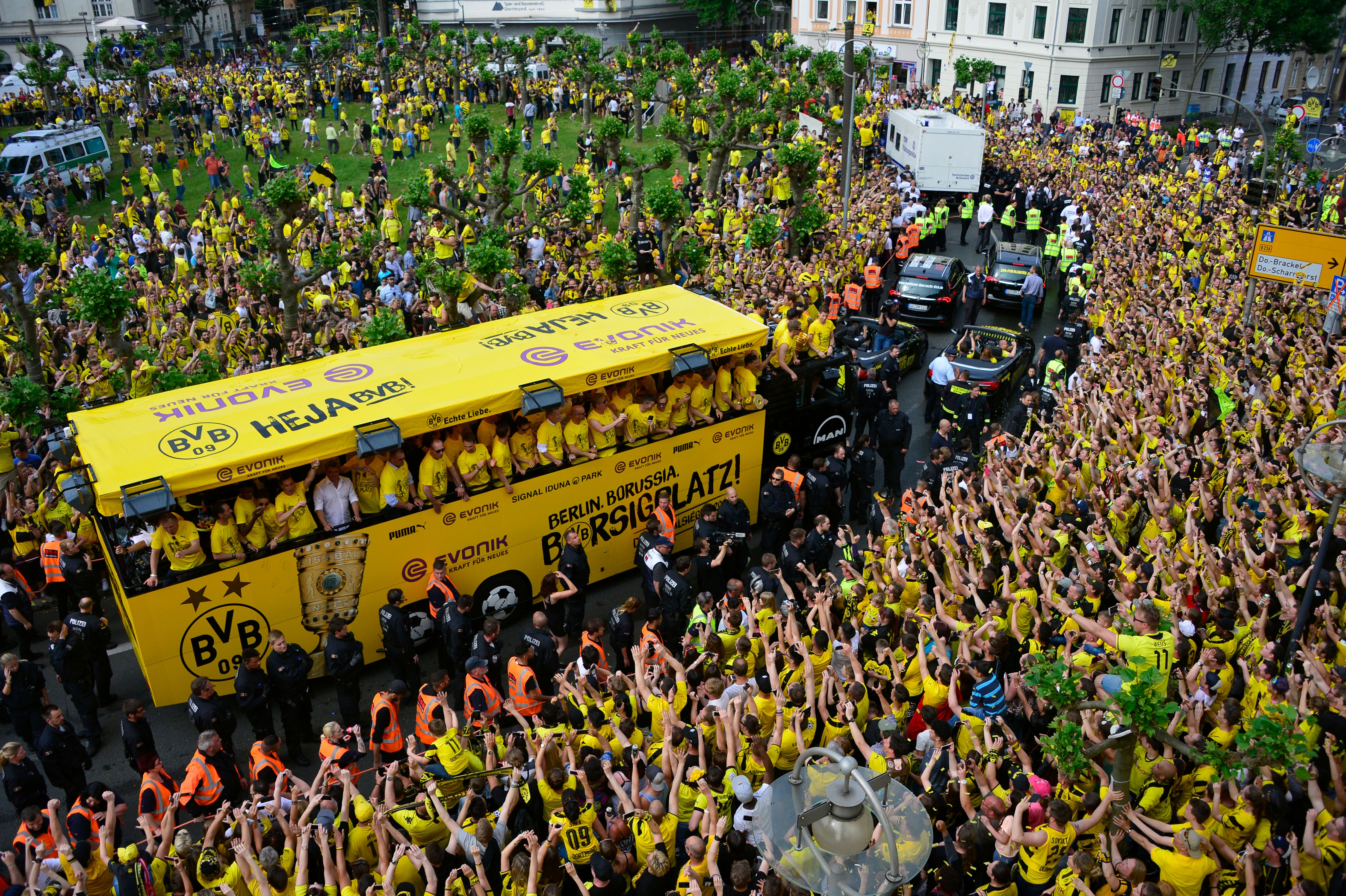Borussia Dortmund supporters share their stories about ...